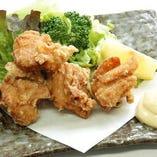 鶏の唐揚げ(ハーブ鶏使用)