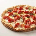 ピッツァの種類を豊富にご用意。ぜひ食べ比べてみてください。