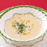《季節のスープ》