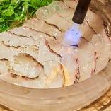 鯛の炙り薄造り