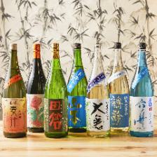 拘りの『日本酒』&『焼酎』をスタッフが丁寧にご説明致します!お気に入りを見つけてみてください♪