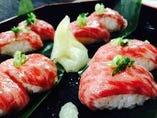 【大人気】最高級とちぎ和牛炙り寿司!クーポンで4貫に!