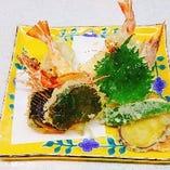 天ぷら盛り合せ(車海老他野菜等)