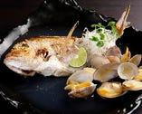 本日の鮮魚の焼き塩煮つけは当店オススメメニューです♪