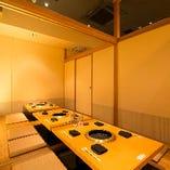 最大12名様まで利用可能な個室。 人気なので早めの予約を…。