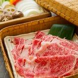名物「神戸牛サーロインせいろ蒸し」は野菜たっぷりで女性に人気