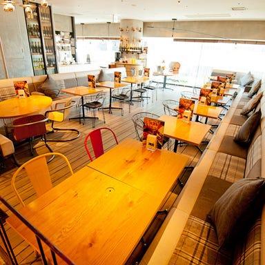 イタリアン カフェ muse うめきた (UMEKITA FLOOR) 店内の画像