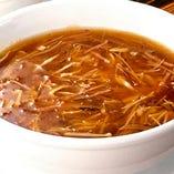 三種具材とフカヒレ入りスープ
