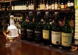 スコッチの品揃えは300種類以上
