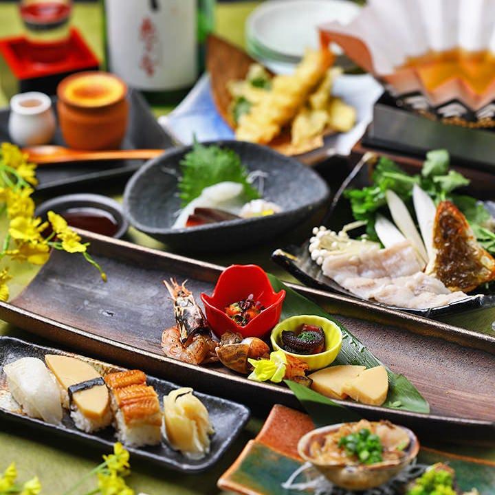 上質な宴会に『穴子特別懐石』造り、焼物、小鍋、寿司など絶品多数。黄金あなごに舌鼓/90分飲み放題付