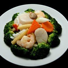 三種海鮮とブロッコリーの炒め
