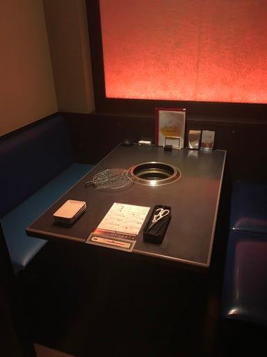薩摩産直 炭火焼肉うしかい 東住吉店 店内の画像