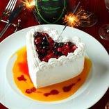 お誕生日のお客様にケーキでのお祝いも可能
