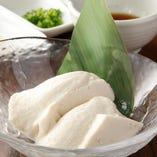 手作り豆腐は毎日お店で作っています