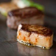 【とろけるフォアグラの鉄板焼♪】フォアグラと海鮮の香味亭特選コース