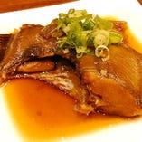 時には煮魚や鉄板焼きも!