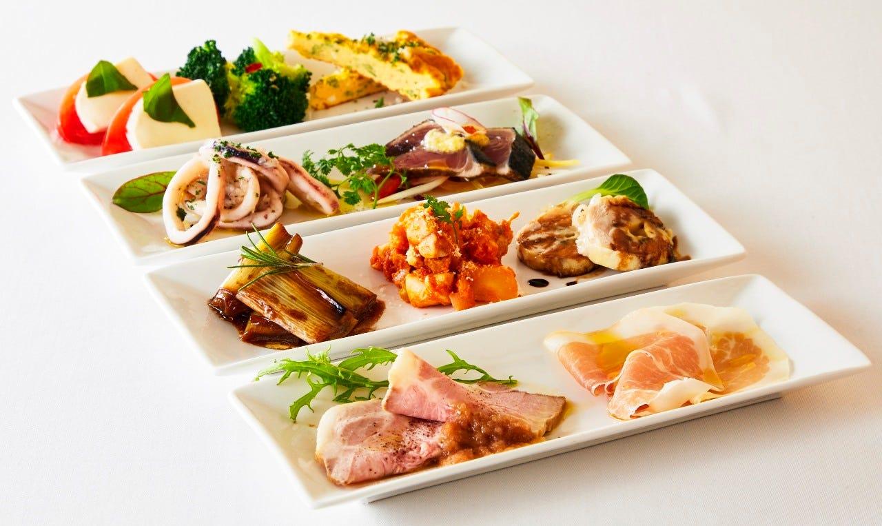 本日の小皿前菜10品は女性に人気です!!