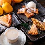 プリンやアップルパイなど自家製デザートをご用意