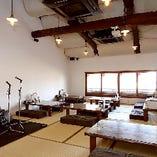 【2階フロア】10~30名様まで利用できる座敷をまるごと貸切!