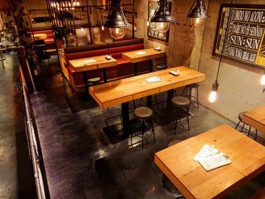 YONA YONA BEER WORKS 青山店 店内の画像