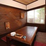 2名様からご利用頂ける2階お座敷テーブル席個室