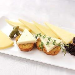 スペイン産チーズの盛合せ