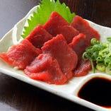 実は…ぢどり亭では鶏料理のほかにも薩摩郷土料理の『馬刺し』もご注文いただけます♪