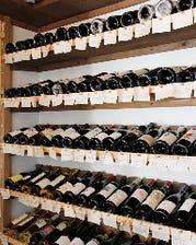 80種類以上を常備するワインセラー