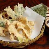 【季節の天ぷら】松茸の天ぷら