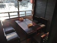 屋形船を全席個室に改装しました。