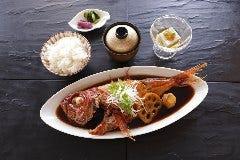 1日10食 プレミアムランチ 金目鯛の煮付け御膳 ワゴンデザート食べ放題付き
