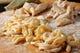 生パスタは粉の香りを残し、使い昔ながらの製法で調理。