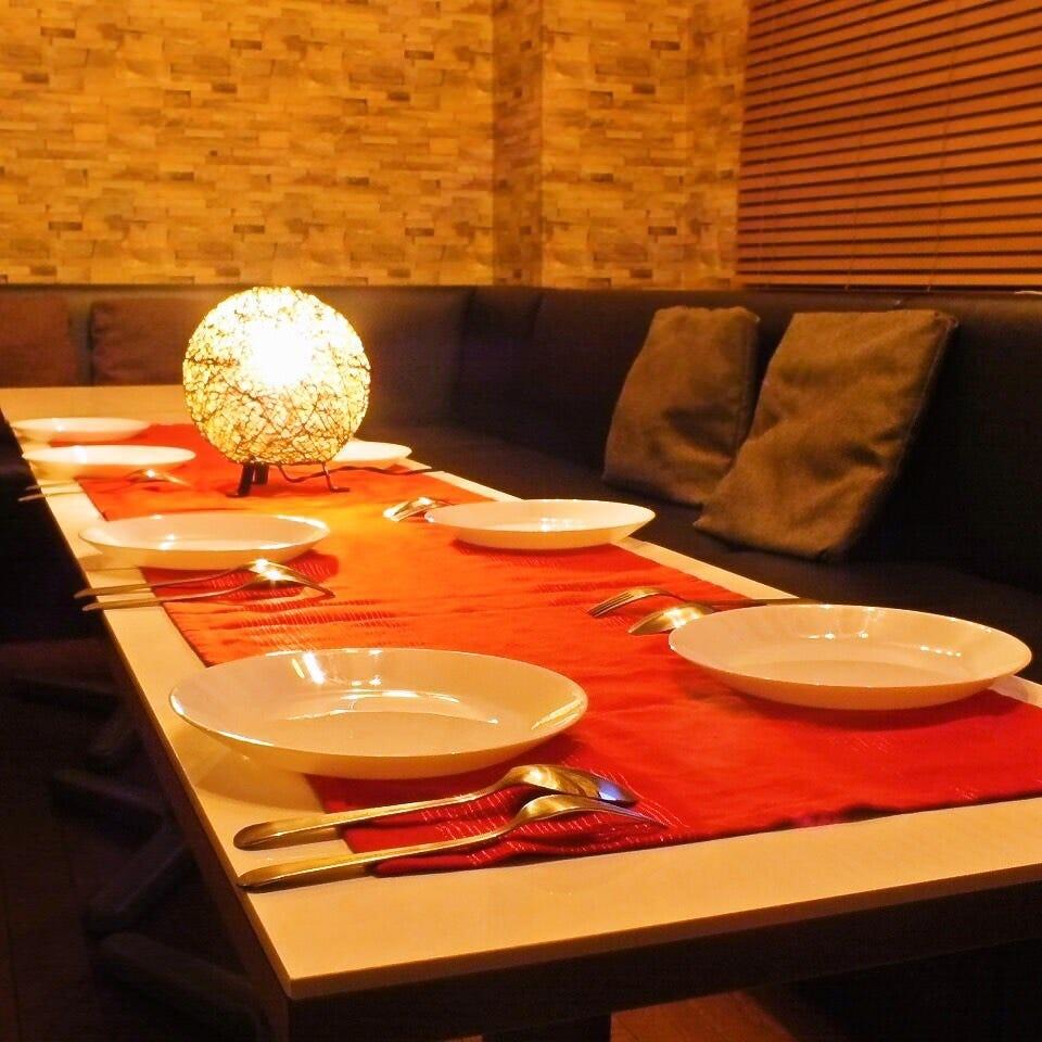 ゆったりソファーの広々空間で貸切パーティー☆20~70名様までOK