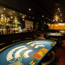 《メインフロア》4種のカジノゲーム