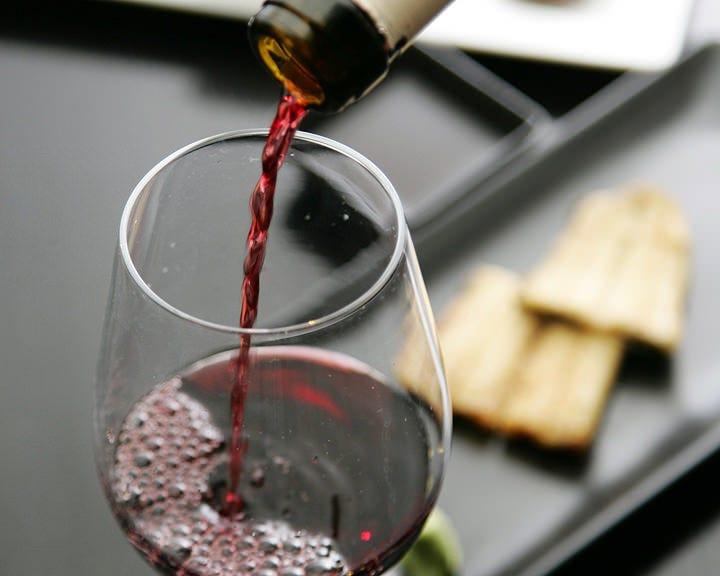 鰻と見事に調和する選りすぐりワイン
