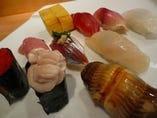 〆には、さっぱりとお寿司で!!