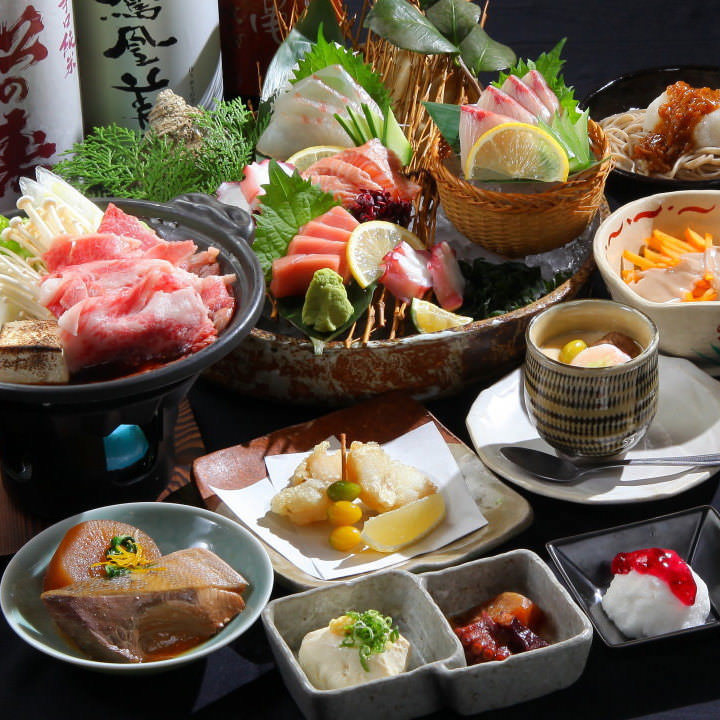 自慢の旬魚と全国厳選食材が勢ぞろい