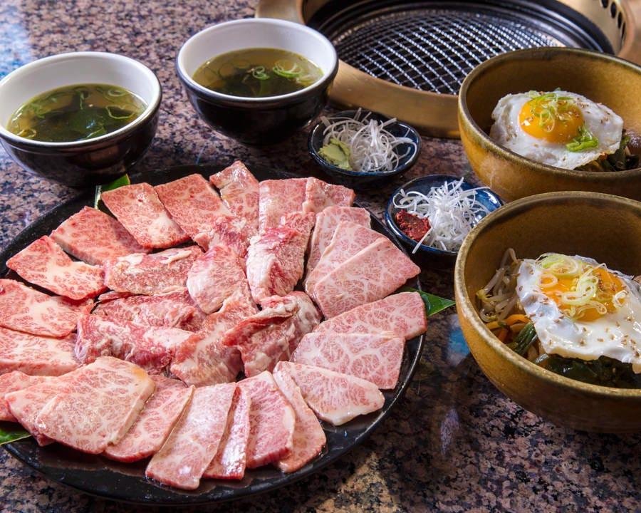 黒毛和牛セット¥6,980円(税抜) ビビンバ・スープがついてお得♪