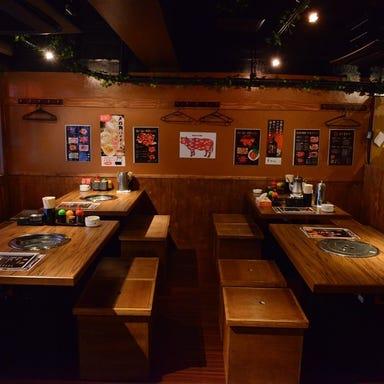黒毛和牛・食べ放題 焼肉 龍 新橋本店 店内の画像