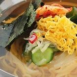 名物冷麺 KOREAN COLD NOODLES SOUP