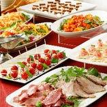 前菜からメイン料理までバリエーション豊かなお料理をご提供。