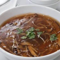 ふかのひれ醤油味スープ