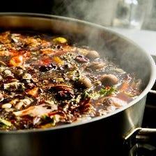 35種以上の薬膳を駆使した秘伝スープ