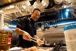 シェフが毎日仕入れる食材で作り出す日替わりメニューもおすすめ