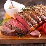 今注目されている低温調理でお肉の旨味を最大限まで引き出します