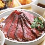 最高級ブラックアンガス牛 総料理長自慢の特製ローストビーフ