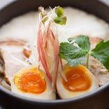 ランチタイムやってます!琉球ばらとろ蕎麦 11:30~15:00まで。