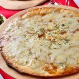 やみつきブルーチーズとメープルのピザ