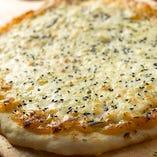 京生麩と白みそのピザ