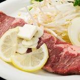 【特選サーロインステーキ】 分厚いお肉をガッツリいただけます